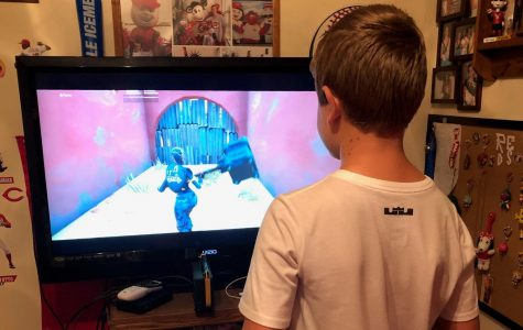 Gage playing as an Elite Agent on Fortnite: Season 10 on a Playstation 4 console.