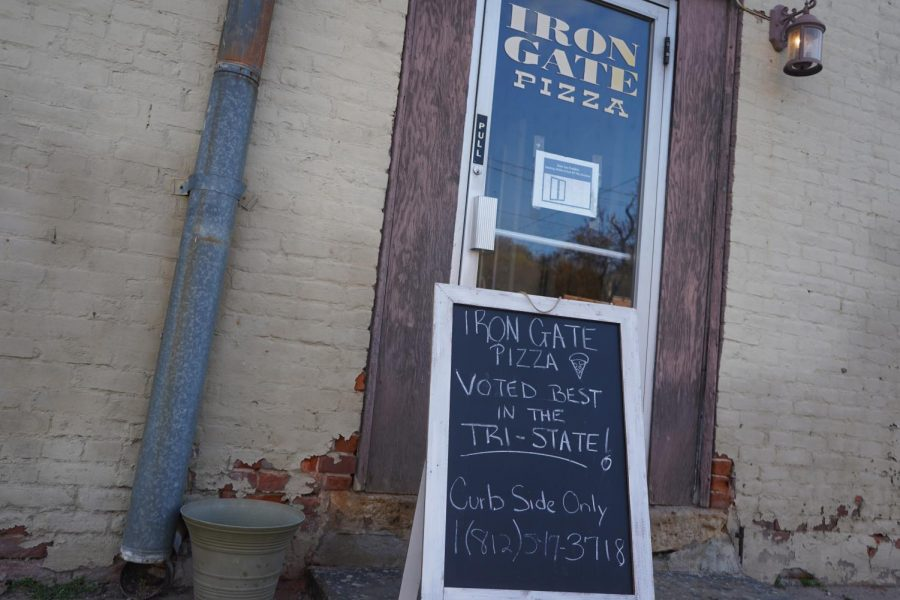 After offering curbside pickup only for over a year, Iron Gate Pizza is finally opening its doors again.